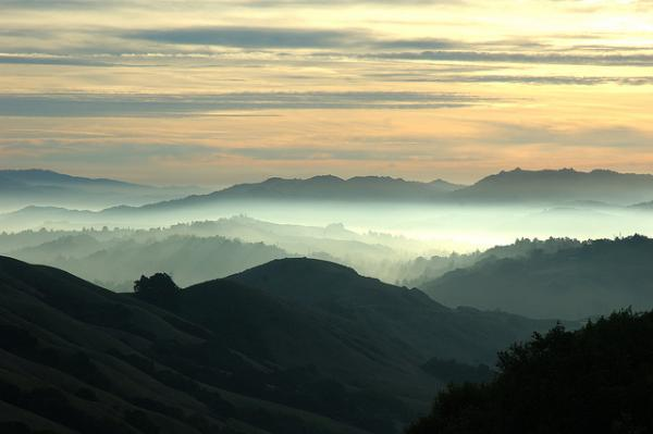 Sunrise over Orinda – photo by Flickred