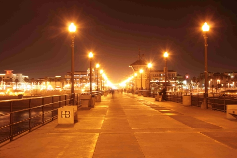 Huntington Beach Pier -- courtesy of dlofink